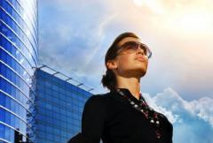 женщина-бизнесмен